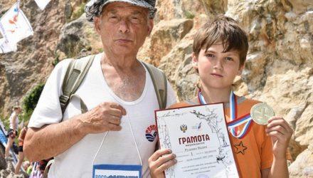 Наши победы. Юный гомельский скалолаз занял первое место на соревнованиях в Крыму