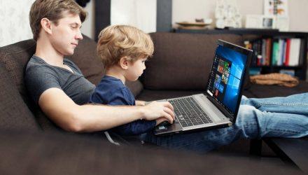 Интернета бояться – в сеть не ходить? Как привить маленькому гомельчанину правила пользования Всемирной паутиной