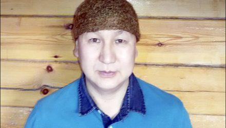 Житель Якутии продаёт шапку из шерсти мамонта за $10 тысяч (но это не точно)