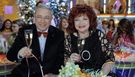 Юмористы Евгений Петросян и Елена Степаненко делят имущество в суде
