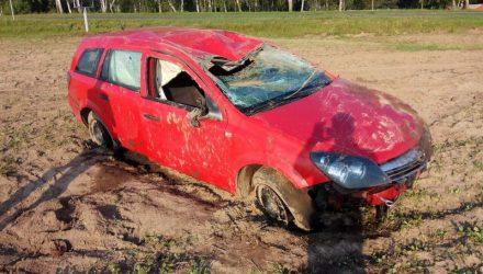 В Добрушском районе водитель, который ехал в сторону Украины, съехал в кювет и перевернулся