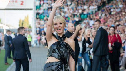 В Гомеле с концертом в День города выступила Валерия