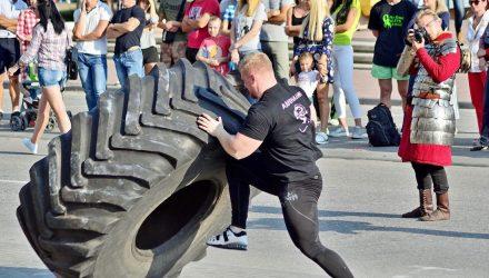 Фоторепортаж: как выбирали самого сильного гомельчанина