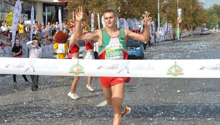 Забег на 5,5 километра в Минске выиграл гомельчанин Максим Ющенко