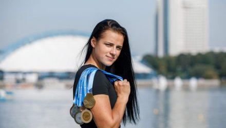 """""""Я, как и Соболенко, девушка с характером"""". Молодая каноистка Ноздрева ставит рекорды с травмой плеча"""