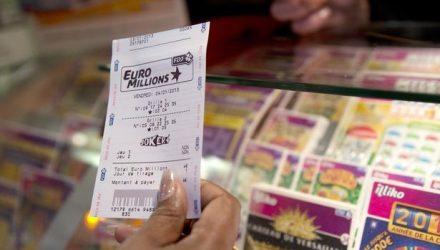 Математик разработал формулу и 14 раз выигрывал в лотерею, не нарушая закон