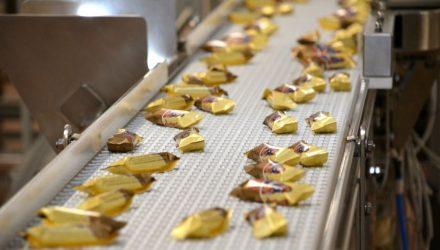 «Алёнка» и «Аэрофлотские»: гомельские кондитеры ввели в строй новое оборудование для выпуска брендовых конфет