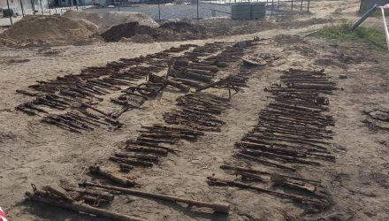 И даже авиационные пулемёты. В центре Брагина нашли целый арсенал оружия – 255 стволов