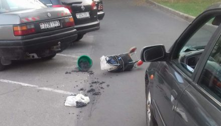 В Гомеле автомобиль сбил пенсионера прямо под окнами администрации Советского района
