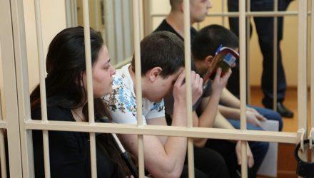 Вынесен приговор троим россиянам и белорусу, которые в Ветковском районе напали на пенсионерку в её доме. Женщина не дожила до суда