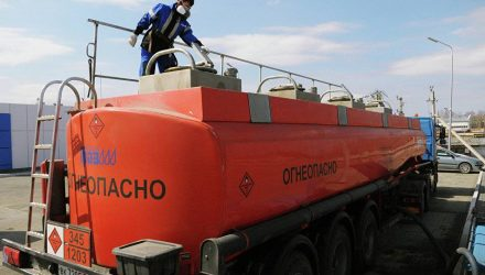 Россия не будет поставлять в Беларусь бензин, дизтопливо и мазут