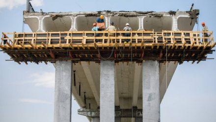 Мост между Туровом и Житковичами, который провис в прошлом году, открывают 7 ноября