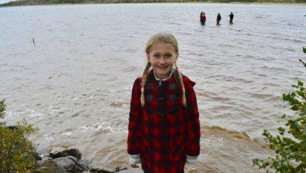Восьмилетняя девочка нашла в озере меч, которому 1,5 тысячи лет