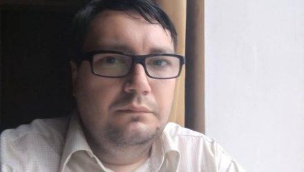 Речичанин которого судили за фото в кителе и фуражке, снова идёт в суд — из-за потери военного билета