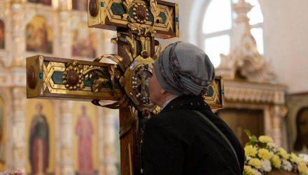В Гомель доставят ковчег с мощами Матроны Московской и крест-мощевик с частицей Ризы Господней