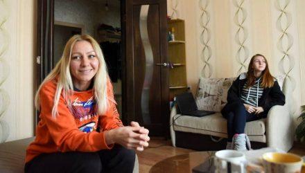 «Вот бы система работала в обе стороны…» История нищей многодетной матери, жительницы Гомельской области, которой должны кучу денег