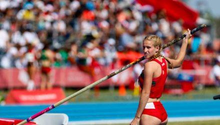 17-летняя гомельчанка Кристина Концевенко завоевала бронзу в прыжках с шестом на юношеских Олимпийских играх