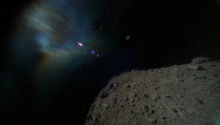 К Земле приблизился потенциально опасный астероид размером больше Национальной библиотеки
