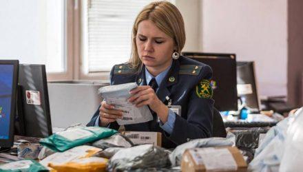 В Беларуси беспошлинный порог на посылки из-за границы могут увеличить до 200 долларов