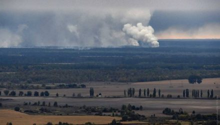 Взрывы на складе в соседней с Гомельщиной Черниговской области Украины сняли с воздуха
