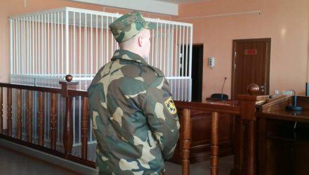 Рядового судят за смерть солдата из Гомельской области на учениях. Он отказался от адвоката и признал вину