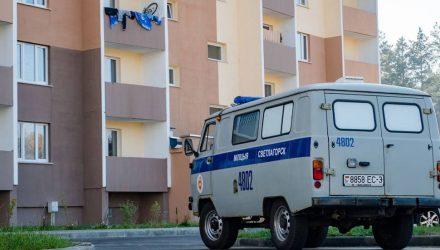 В Светлогорске в ночь на 15 октября девочка-подросток выпала из окна пятого этажа