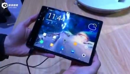Первый в мире смартфон с гибким экраном представили в Китае