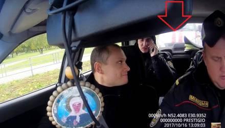 """Гомельчанин """"выставил счет"""" милиции на 40 тысяч долларов за то, как его привлекали к ответственности, и последовавшие за этим унижения"""