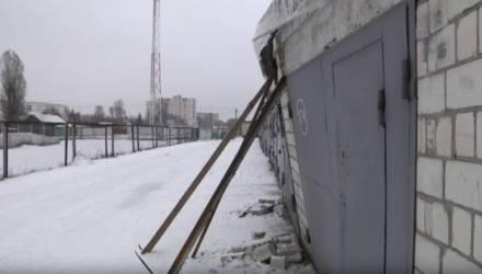 В Гомеле в гараже взорвался автомобиль – ударной волной выгнуло ворота и едва не обрушились стены