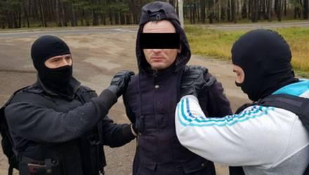 Житель Светлогорска отсидел два года за наркотики, вышел — и снова стал наркокурьером. Теперь грозит 15
