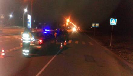 В Гомеле женщина-водитель сбила 8-летнего мальчика, а 19-парень наехал на девушку – она у нейрохирургов