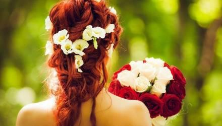 Невеста отомстила жениху-изменнику прямо у алтаря