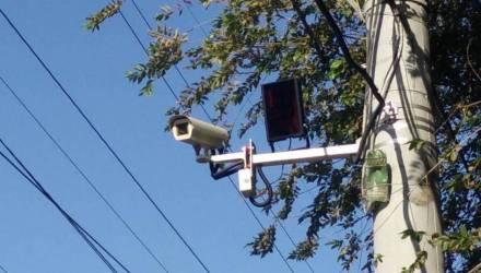 В Гомеле на оживленных перекрестках установят новые камеры. Почему водителям пока не стоит их бояться?