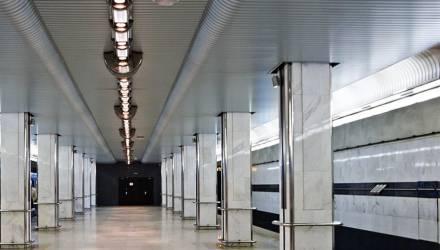 В Минске мужик 3 раза бросался на рельсы в метро и выжил