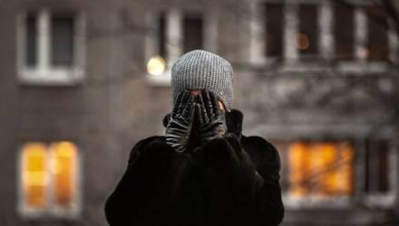 «Раньше я обходилась одним ударом в лицо». Жертва домашнего насилия — о том, как жила 8 лет