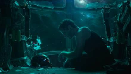После трейлера «Мстителей» в соцсетях попросили космические агентства спасти Тони Старка. NASA и Роскосмос ответили