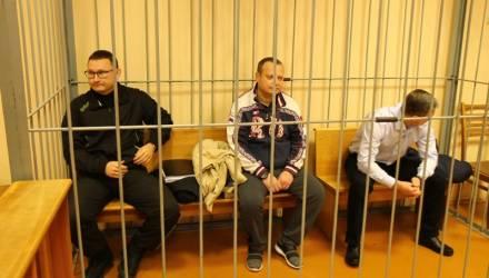 В Гомеле за получение взятки в миллион российских рублей судят бывшего замдиректора ЗЛиНа