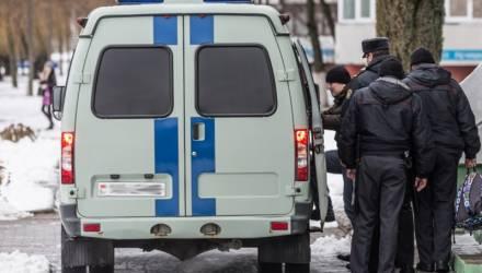 Балконный вещатель Филипович загремел на 14 суток за хулиганство. И это ещё не всё…