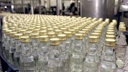 Интрига. Куда пропали 47000 бутылок водки с гомельского завода: утянули работники или просто со склада отгружали не те наименования?