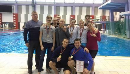 Гомельские студенты завоевали серебряные медали на республиканских соревнованиях по плаванию