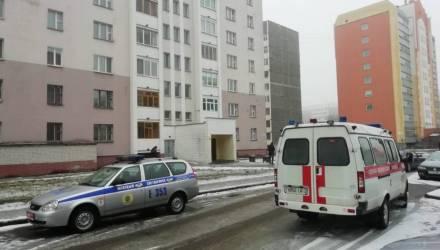 В Светлогорске в подвале дома найден труп мужчины, а на трассе рядом с райцентром насмерть сбили велосипедиста