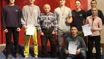 Сборная Гомеля заняла первое место по спортивному скалолазанию