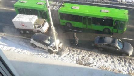 В Гомеле сбили двух девочек, авто врезалось в столб напротив цирка: на Советской произошли сразу два резонансных ДТП