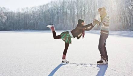 На коньки и лыжи! Где гомельчане могут провести свой досуг, активно занимаясь зимними видами спорта