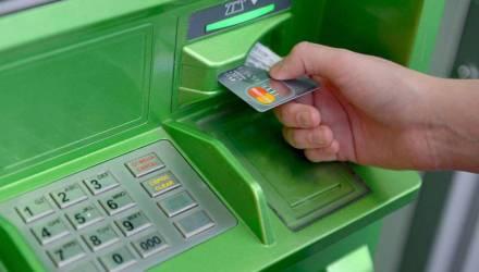 На Гомельщине можно будет снять деньги с карточки в любом магазине?