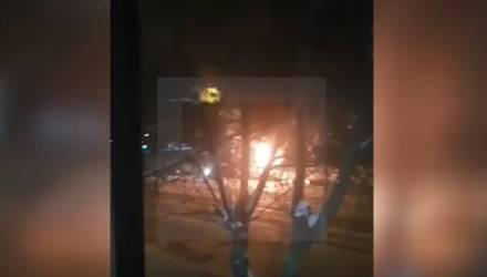Очередное ЧП. СМИ: в центре Магнитогорска при задержании террористов взорвалась маршрутка — видео