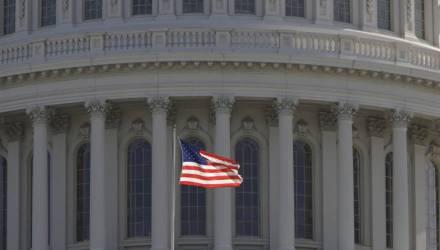 Пресс-секретарь Пентагона уволилась из-за скандала с колготками