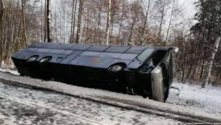 В Польше перевернулся автобус с белорусскими лыжниками и сноубордистами