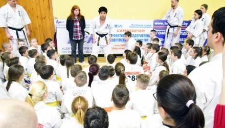 Японские мастера карате кекусинкай провели международный мастер-класс в Гомеле