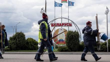 Премьер РФ Дмитрий Медведев: Минску стоило бы ценить поддержку Москвы